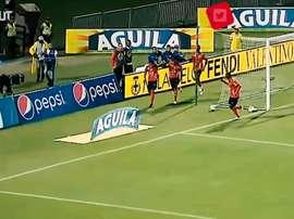 Yairo Moreno se sacó de la manga un tremendo zapatazo. DUGOUT