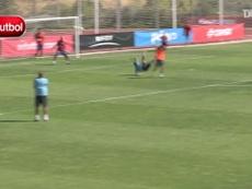 Il goal di Pedro in allenamento. Dugout