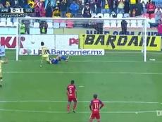 Osvaldo Martínez y un zapatazo de penalti. DUGOUT