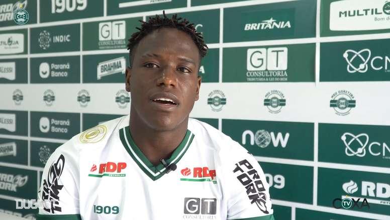 Novo reforço do Coritiba, Brayan Lucumí fala sobre suas características. DUGOUT