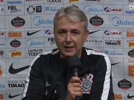 Tiago Nunes fala sobre vantagem de rivais. DUGOUT