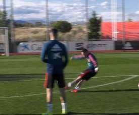 VIDEO: Iago Aspas's free-kick exhibition in training. DUGOUT
