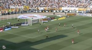 Robinho scored 2 for Santos. DUGOUT