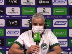 Auxiliar Luís Fernando Flores substitui Enderson Moreira durante suspensão. DUGOUT