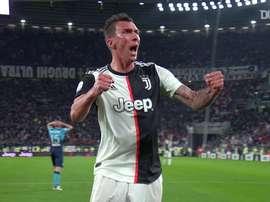 L'ultimo goal di Mandžukić con la Juventus. Dugout