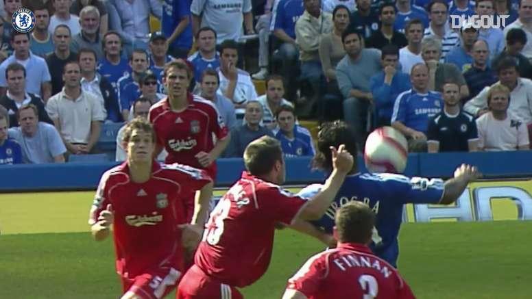 Le superbe enchainement de Drogba contre Liverpool. DUGOUT