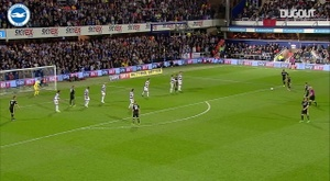 VIDÉO : le coup franc de Sébastien Pocognoli contre QPR. Dugout