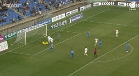 Adam Taggart scored on his Suwon debut in March 2019. DUGOUT