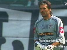 Aos 42 anos, Buffon segue ativo na Juventus e quer disputar a Copa do Mundo de 2022. DUGOUT