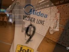 Vagner Love's best moments for Corinthians. DUGOUT