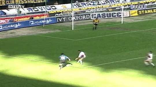 Le but magnifique de Ruben Sosa contre le Genoa en 1995. DUGOUT