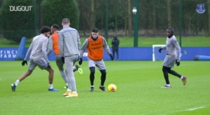 Everton se prepara para FA Cup com James e Richarlison. DUGOUT