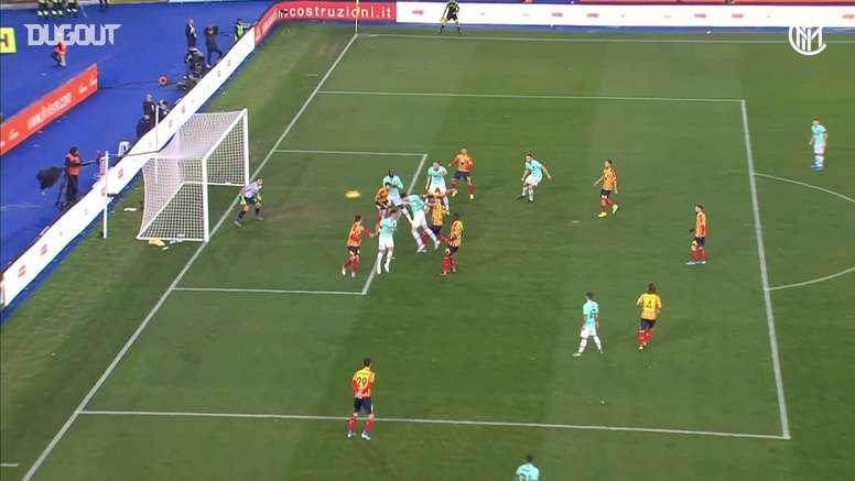 Il primo gol di Bastoni con l'Inter. Dugout