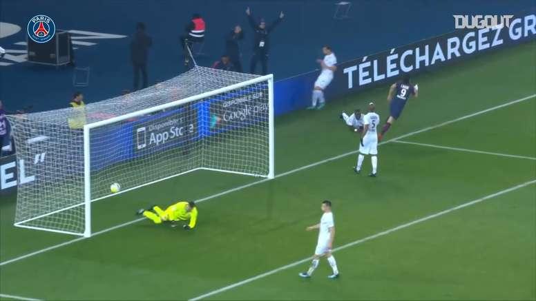 Cavani scored a backheel goal. AFP