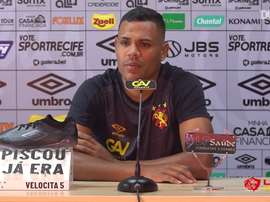 Mikael fala sobre oportunidades que vem recebendo no Sport. DUGOUT