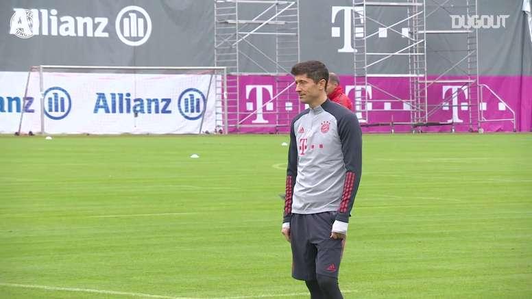Le Bayern Munich s'entraine avant le Lokomotiv Moscou. DUGOUT