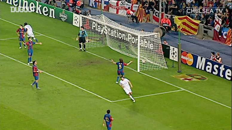 Lampard lobs home from impossible angle to draw with FC Barcelona. DUGOUT