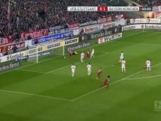 Le coup franc magnifique d'Alaba contre Stuttgart. dugout