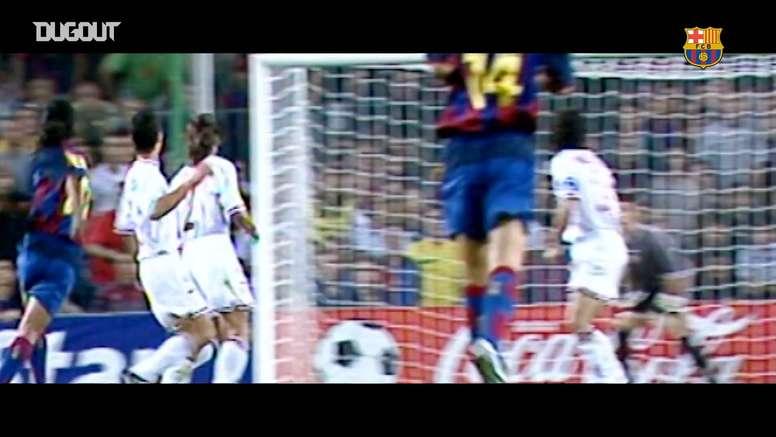 Ronaldinho enamoró al Camp Nou. DUGOUT