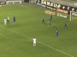 Soteldo marcou o gol que evitou a derrota do Santos em casa. DUGOUT