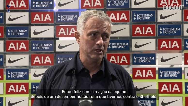 Mourinho está focado em vencer com o Tottenham. DUGOUT