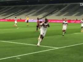 Flamengo won 1-0. DUGOUT