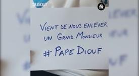 Lles supporters de l'OM saluent la mémoire de Pape Diouf. DUGOUT