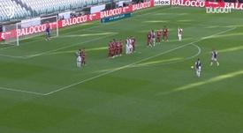 Le premier coup-franc de Ronaldo à la Juventus. Dugout