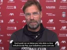 Liverpool e Arsenal se enfrentam nesta quarta-feira pela Premier League. DUGOUT