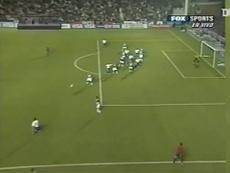 VIDÉO: La tête de Diego Godin contre Vélez en Copa Libertadores 2007. Dugout