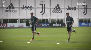 Juventus continued training. DUGOUT