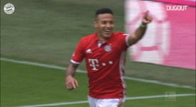 Robert Lewandowski's backheel assist for Thiago vs Augsburg. DUGOUT