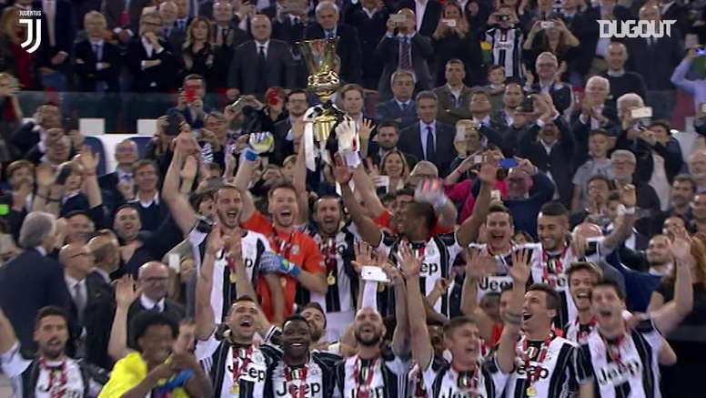 Juventus won the 2016 Coppa Italia. DUGOUT