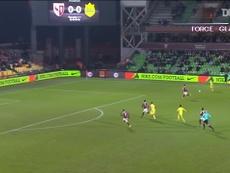Les buts collectifs de Rongier contre Metz avec Nantes. Dugout