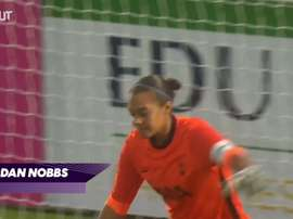 Lisa Evans scores hat-trick. DUGOUT