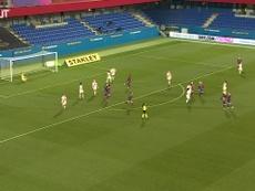 El increíble gol de Mapi León ante el Rayo Vallecano. Captura/DUGOUT