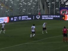 Pablo Mouche marca o gol da vitória do Colo-Colo. DUGOUT