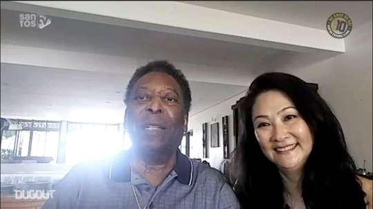 Completanto 80 anos, Pelé recebeu homenagem do Santos. DUGOUT