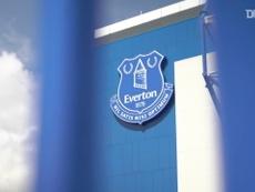 Bastidores do Everton no clássico contra o Liverpool no Goodison Park. DUGOUT