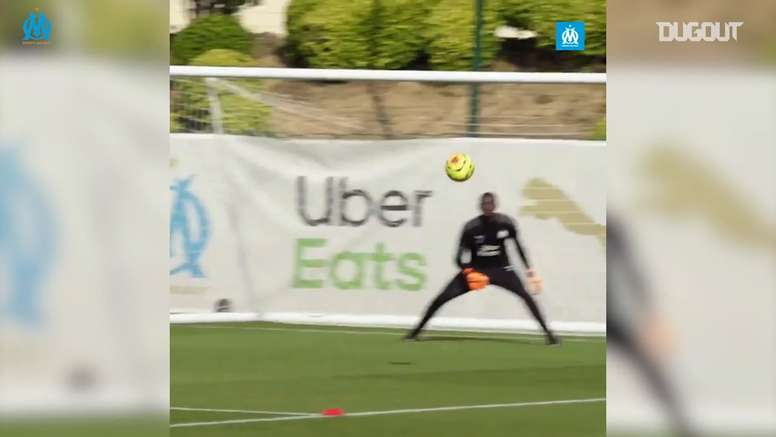 Henrique trained with Marseille. DUGOUT