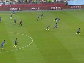 Adam Taggart's goal gave Suwon a 1-1 draw at Jeonbuk. DUGOUT