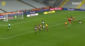Le penalty d'Abdoulaye Touré contre Lens. afp