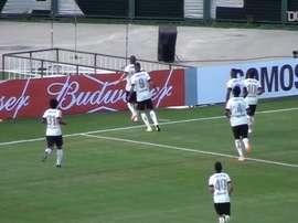 VIDEO: Corinthians beat Flamengo in their farewell from Pacaembu. DUGOUT