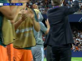 Ziyech marcó un golazo ante el Valencia. DUGOUT