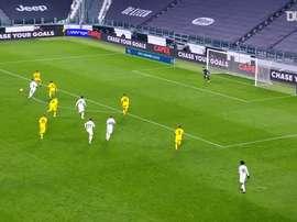 La doppietta di Ronaldo contro il Cagliari. Dugout