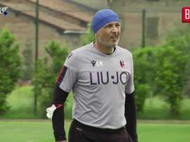 VIDEO: Siniša Mihajlović joins Bologna training. DUGOUT