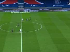 Le premier doublé de Moise Kean avec le PSG en Ligue 1. dugout