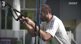 Arthur faz treinos de pré-temporada com elenco da Juventus. DUGOUT