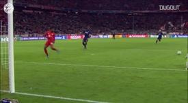 Melhores defesas de Neuer na Champions League. DUGOUT