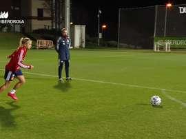 Great free-kicks in Spain Women's training. DUGOUT